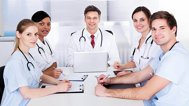 Szkolenia dla lekarzy z marketingu i prawa medycznego
