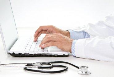 Jak zbudować wizerunek lekarza – eksperta